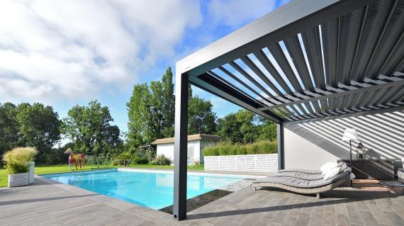 Entreprise de menuiserie MRM, installation de pergola bioclimatique sur Saint-Gaudens et en Comminges